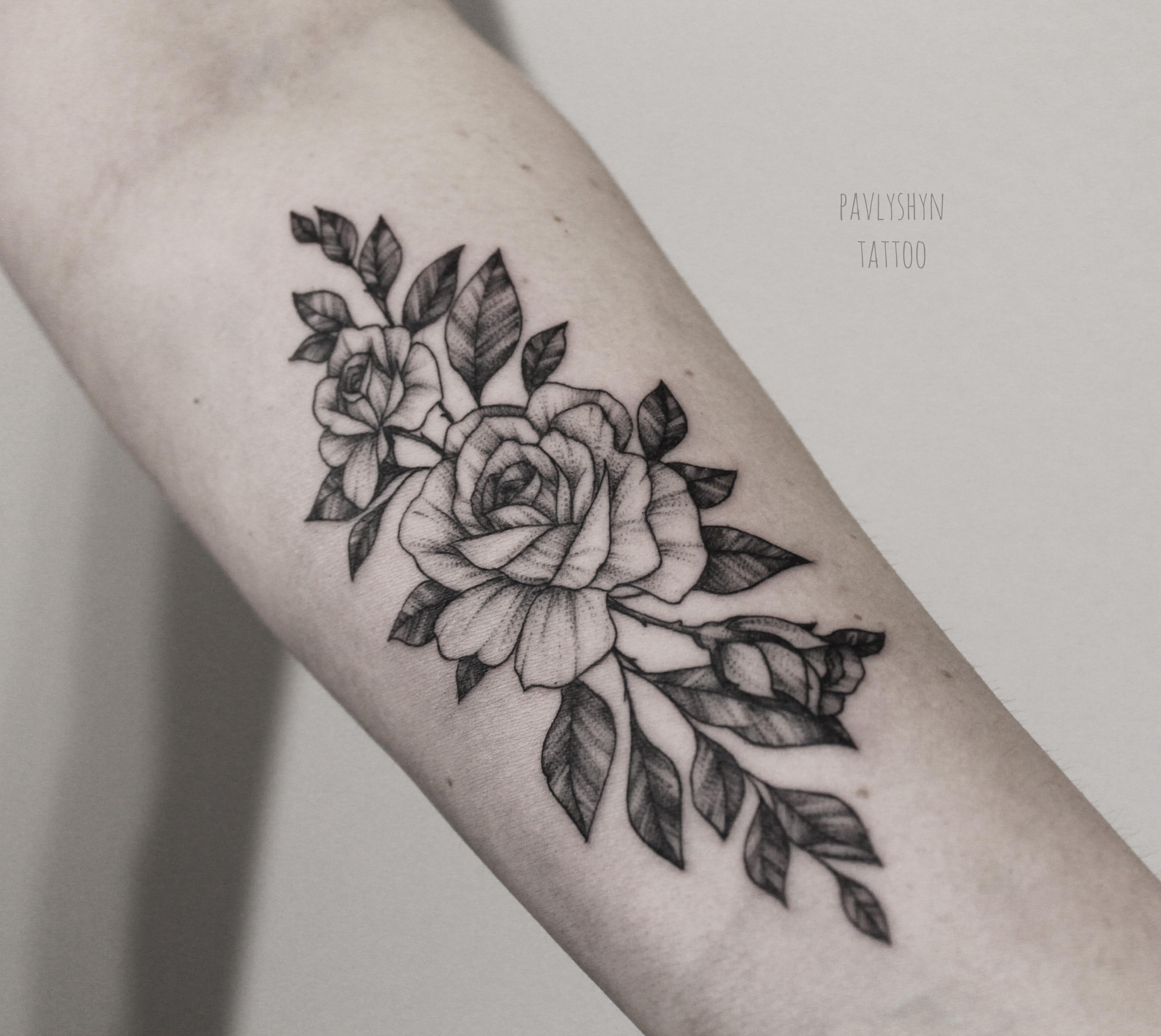 Trend тату на бедре цветы эскиз