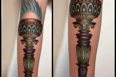 tatuirovka_fakela_na_predpleche