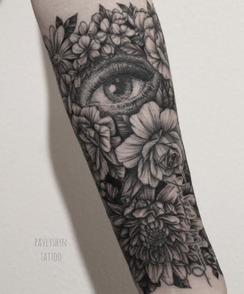 татуировка пиона