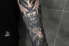 славянские тату на руке