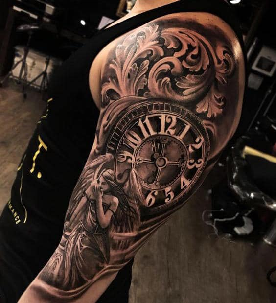 часы на плече